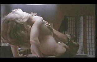 Pulcini dalla stanza del video x donne dormitorio accanto
