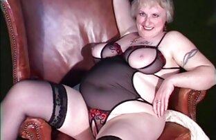 Tizio ha invitato un amico a casa e affascinante il suo video erotici x donne
