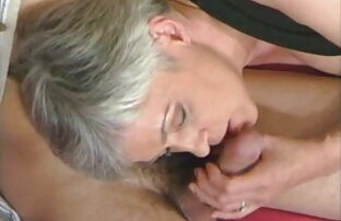 Madelyn Marie fumatori in bagno pubblico film x donne